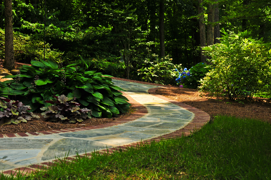 Robinson waldrop landscaping group llc for Landscaping help